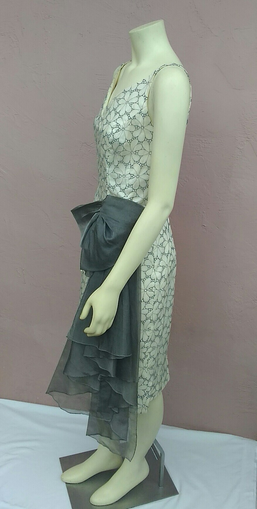 Vintage 1950\'s Stunning Lee Claire; Organdy Silk Gray Eyelet ...